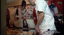 突撃!隣のマンご飯! パート16 保坂友利子 芳野京子 赤木しおり 村上春 裏DVDサンプル画像