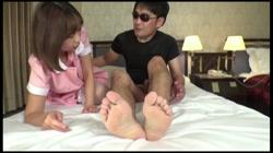 【3P中出し】S級Loli現役JD「いっぱい突いて」初体験3P生SEX マナ 裏DVDサンプル画像