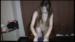 顔出し  美裸体な色白お嬢様女子大生に、スク水&ツインテールしてもらって、中出ししちゃいました 裏DVDサンプル画像