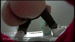 有名大学休憩時間の洗面所事情 Vol.10 しゃがみながらお尻をクイっ 裏DVDサンプル画像