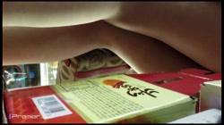 美女限定!フルハイビジョンパンチラ粘着追い撮り! Vol.05 裏DVDサンプル画像