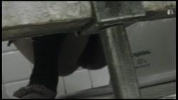 命がけ潜伏洗面所! 極太しぼり!! Vol.15 裏DVDサンプル画像