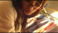 美人アパレル胸チラ&パンチラ vol.34 メガネ属性っていいよね 裏DVDサンプル画像