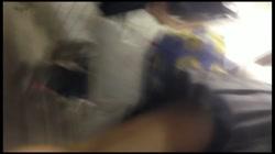 【追い撮り!!階段パンチラ】階段パンチラ Vol.08 裏DVDサンプル画像