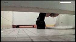 【【限定配信】マ○コ丸見え!!第三体育館潜入撮】File022 進化3 明るさ調整し、前部収録 裏DVDサンプル画像