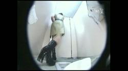 レースクィーントイレ盗撮! Vol.16 裏DVDサンプル画像