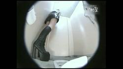 レースクィーントイレ盗撮! Vol.19 - 無料アダルト動画付き(サンプル動画) サンプル画像9