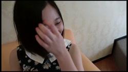 【モ無 初撮り】リナちゃん18歳 下の毛未処理のアソコに電マでガチイキ‼過去最高のキツマンにジャストミート‼ - 無料アダルト動画付き(サンプル動画) サンプル画像0