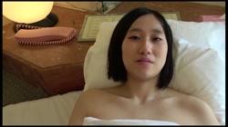 【モ無 初撮り】リナちゃん18歳 下の毛未処理のアソコに電マでガチイキ‼過去最高のキツマンにジャストミート‼ - 無料アダルト動画付き(サンプル動画) サンプル画像11