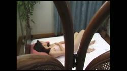 水上靖子 無修正動画「クリーニング屋と30代の人妻」 - 無料アダルト動画付き(サンプル動画) サンプル画像0