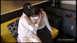 【個人撮影】りんか24歳 真面目で素朴なカフェ店員のムチムチお姉さんに大量中出し サンプル画像0