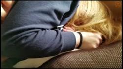 【個人】旦那が利息を返済しないため、お昼頃に茶髪の奥さんの自宅へ伺いそのまま部屋に連れ込み生中出し - 無料アダルト動画付き(サンプル動画) サンプル画像14