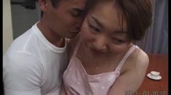 阿部香織 「近親相姦 裸エプロンの姉」 - 無料アダルト動画付き(サンプル動画) サンプル画像1