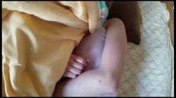 【個人】訳あり美人若妻、お昼過ぎに忍び込み寝込みを襲う サンプル画像6