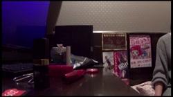 貧困女性・ネットカフェ難民の実態に迫る!ネカフェ在住のキャバ嬢 - 無料アダルト動画付き(サンプル動画) サンプル画像2