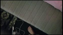 年齢不詳ロリ娘を部屋に連れ込み強引にはめる - 無料アダルト動画付き(サンプル動画) サンプル画像1