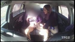 【個人撮影】車内ハメ撮り 「顔はダメですよ!w」ヤンママさんと真っ昼間から車内で生SEX!生挿入外だしでたっぷり射精! - 無料アダルト動画付き(サンプル動画) サンプル画像10
