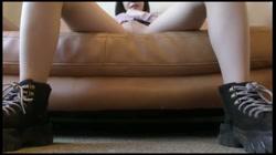 スレンダー美女のミニスカ美脚パンスト破り連続絶頂❤️サキュバス娘の杭打ちピストン&乳首責められ❤️極小の膣に2連続射精❤️ サンプル画像1