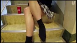 【個撮】私立普通科②スライムおっぱいEカップ。大人しげな態度から立ちバックで激しく喘ぎかわいい尻を汚される サンプル画像0