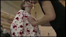 【個人撮影・中出し】自宅で異物もチ〇ポも挿入されて中出しされる20歳の専門学生  - 無料アダルト動画付き(サンプル動画) サンプル画像3