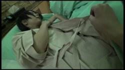 【顔出し・NTR】パイパンJD①潮吹きコスレイヤーに無許可中出し!彼氏から鬼電『タツヤごめんね…こっちのがイイ♥』 - 無料アダルト動画付き(サンプル動画) サンプル画像19