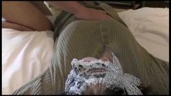 【個人撮影】恥じらいが抜けない初心な若妻 初撮影の緊張で強張ってた体から漏れ始めた喘ぎ・・・ - 無料アダルト動画付き(サンプル動画) サンプル画像7