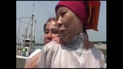 江藤雪江 無修正動画「田舎で熟女ナンパ!漁港編」 サンプル画像2