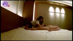 【無 個撮】ほろ酔いのSSS級美女サキちゃん(20)に制服コスプレを懇願したらノリノリの腰フリフリになっちゃって、暴発を我慢しながら生中出しっ! おまけ - 無料アダルト動画付き(サンプル動画) サンプル画像11