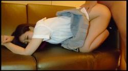 【個撮】飲食店でバイトしている知人の娘ミカちゃん(仮名)を緊急援助!覚えたてのフェラテクで責めてくるエロ娘・知人には悪いが中出ししてしまったよ! - 無料アダルト動画付き(サンプル動画) サンプル画像
